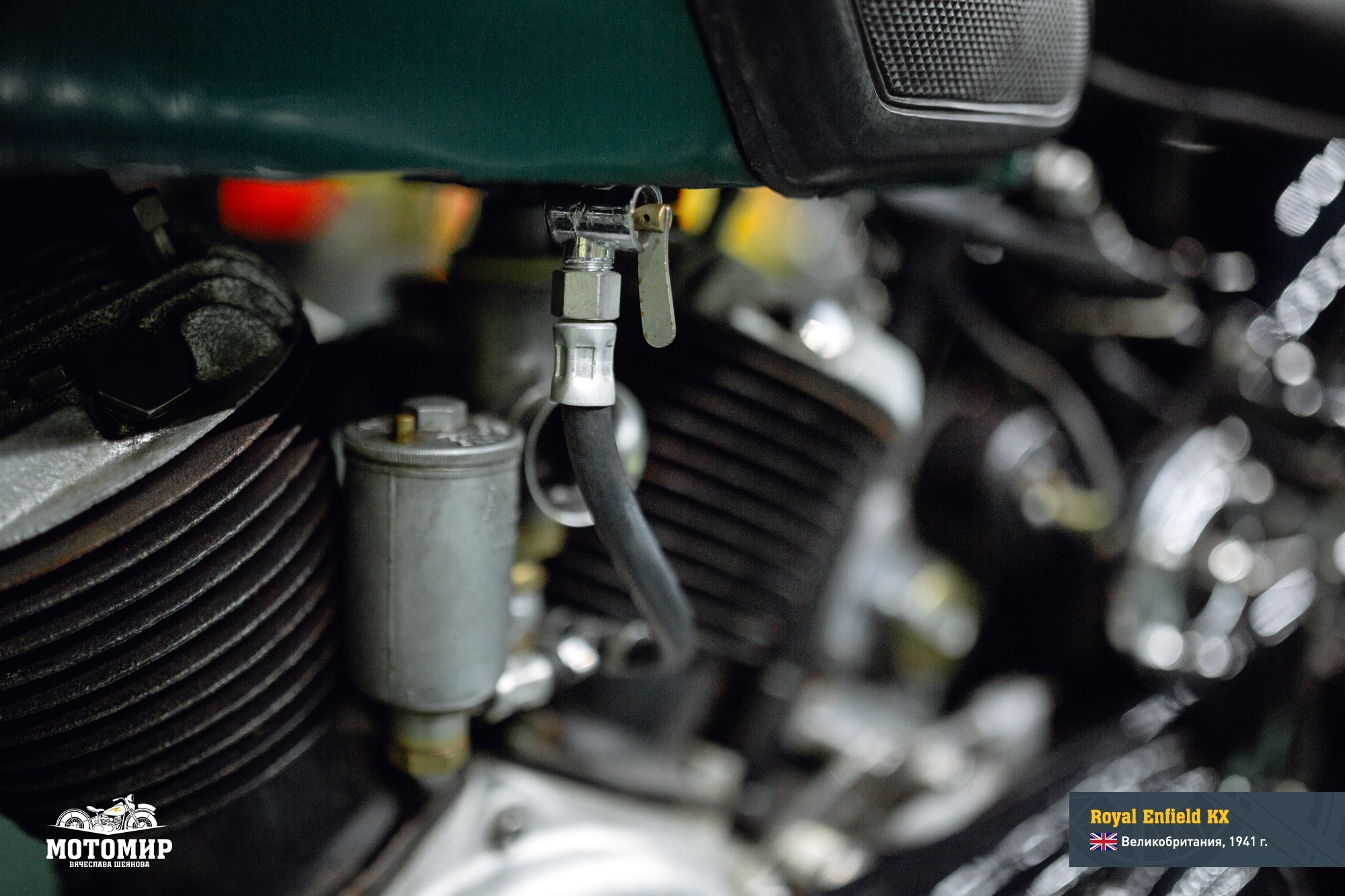 royal-enfield-kx-201601-web-14