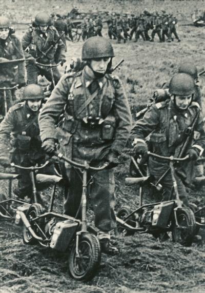 Welbike with Polish Airbornes 001