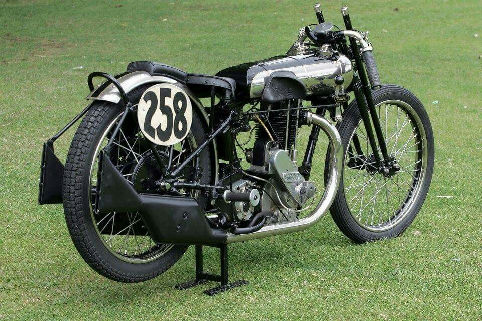 Brough Superior 500 cc